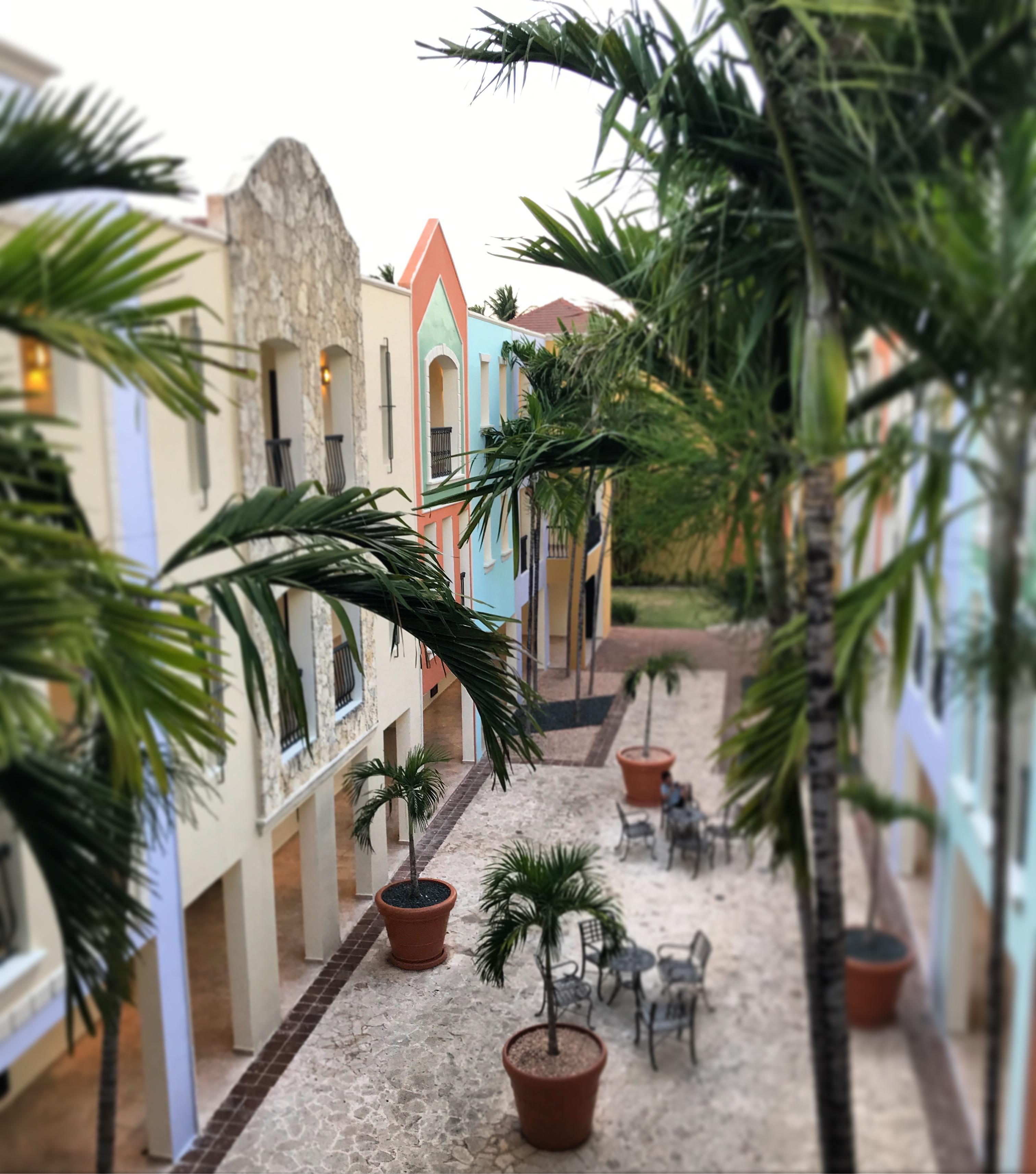 DR courtyard